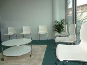 Salle d'attente du cabient de chirurgie esthétique duDr Gir