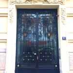 Dr Phanette Gir : porte d'entrée du cabinet du 6ème